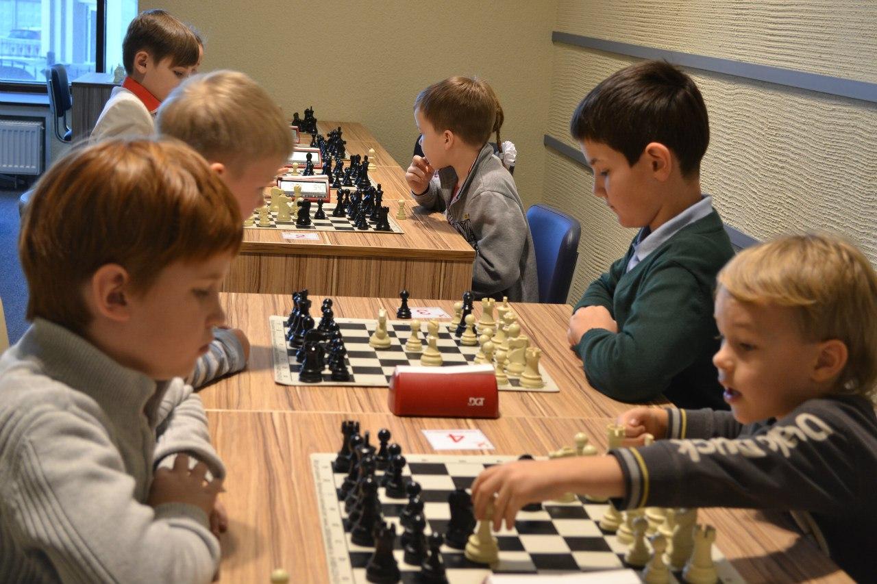 Первый турнир по шахматам среди детей 8-9 лет на 1 МЛРД РУБЛЕЙ!